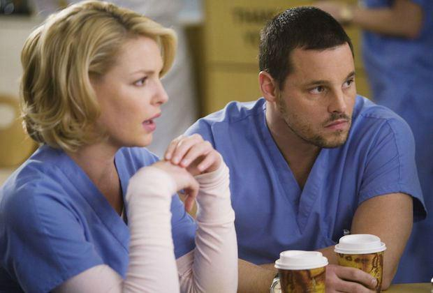 """In the episode, titled """"Leave a Light On"""", Karev sends four handwritten letters to his wife and hospital colleague, Jo.  (Photo: ABC)"""