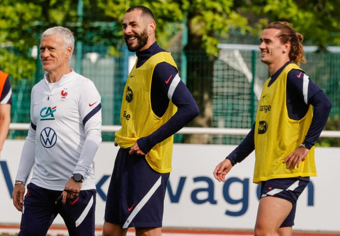 Didier Deschamps, Karim Benzema and Antoine Griezmann at Clairefontaine, May 27.